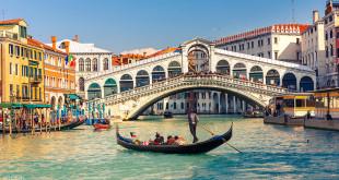 貢多拉船遊威尼斯